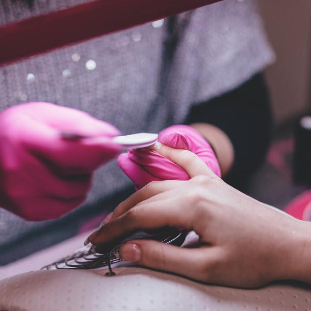 Petite Nail Spa_Filing nails_pink