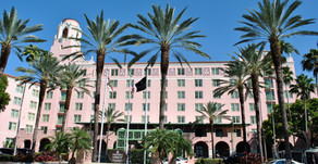 Vinoy hotel in downtown St. Pete sold to group controlled by Tampa Bay Buccaneers co-chairman