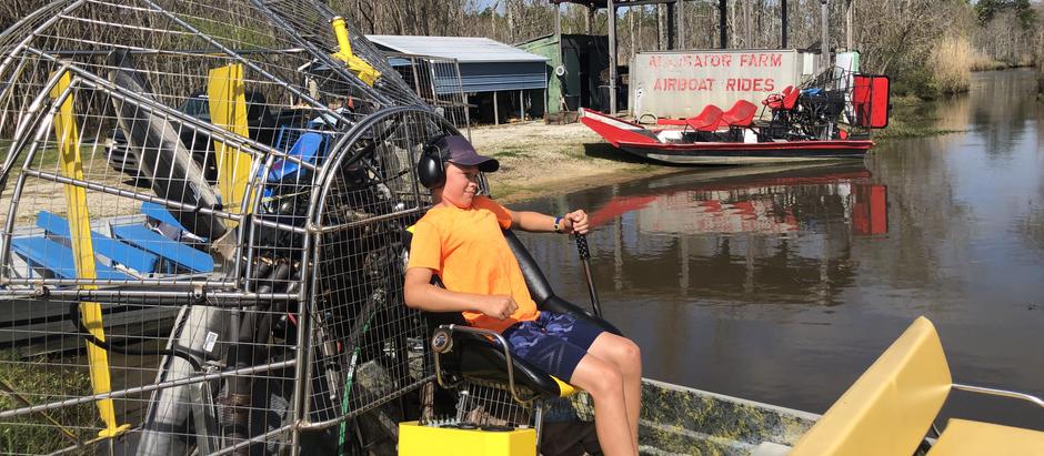Alligators + Airboats in Mississippi