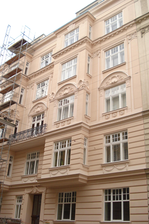 Schelleing Fassade Strasse 2