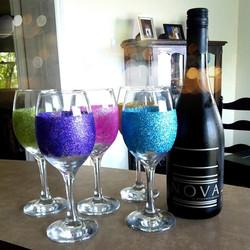 glitter wine glasses.jpg