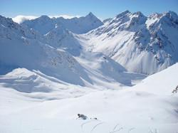 Thumbs Range heli skiing