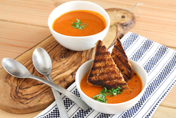 Simple and Creamy Tomato Soup