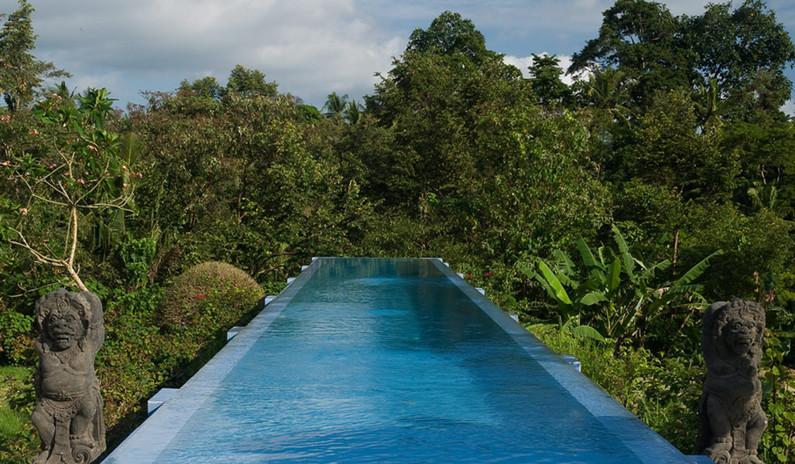 Infinity-pool1.jpg