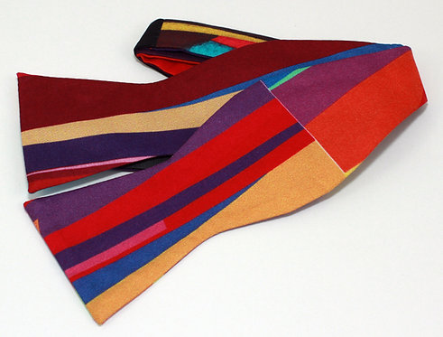 Pure silk bow tie Color Triangular Two