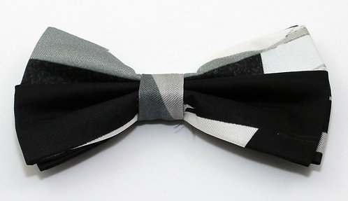 Pure silk Black and White pre-tie bow tie