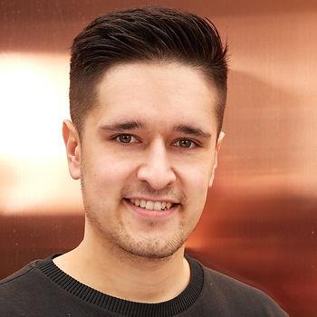 Headshot Joe Saw.jpg