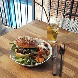 [Food] • Friyay burger • _Pause dej du f