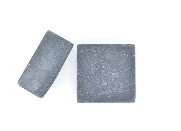 Face Bar: Clarifying Charcoal and Bentonite Clay
