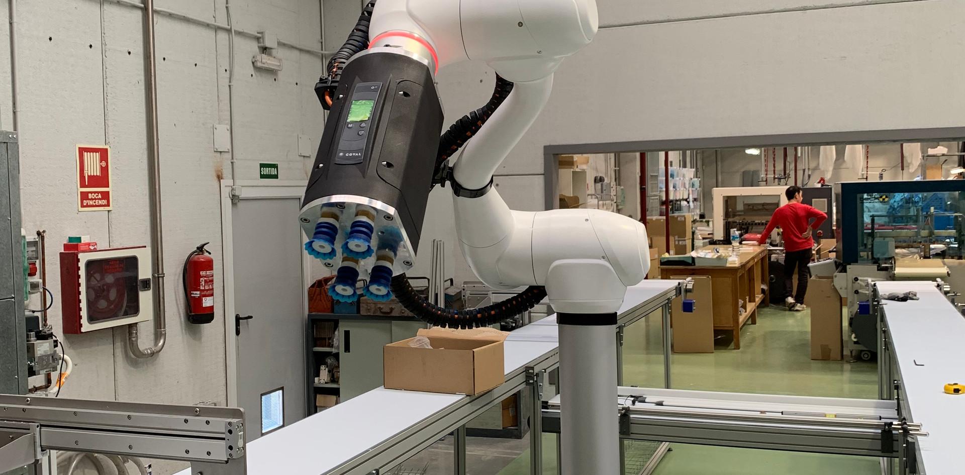 2 ROBOTS COLABORATIVOS