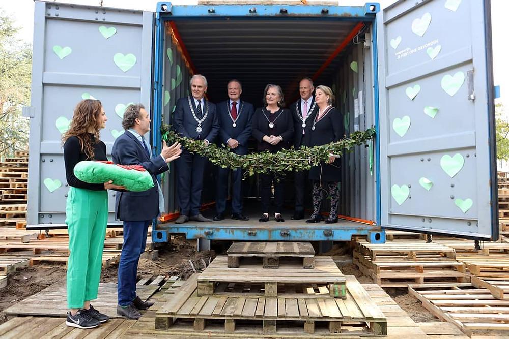 Opening van de Groene Afslag door 5 burgemeesters van Huizen, Hilversum, Laren, Blaricum en Gooise Meren.