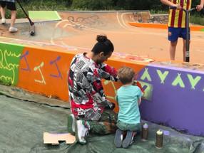 Zwerfvuil bij de skatebaan in Bussum