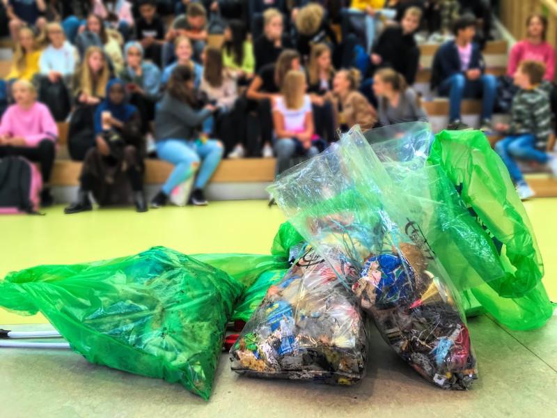 Gevonden zwerfvuil door leerlingen van het Wellantcollege Naarden.