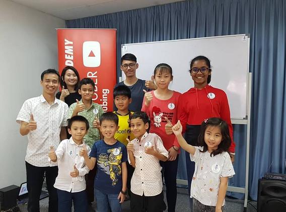 kids youtubing johan speaking academy (8