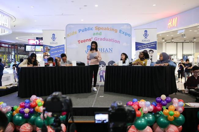 teens debating johan speaking academy1.j