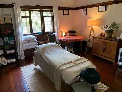 Rebecca Della-Franca Massage Studio specialising in Oncology Massage, Palliative Massage, Remedial Massage in Roseville, Sydney