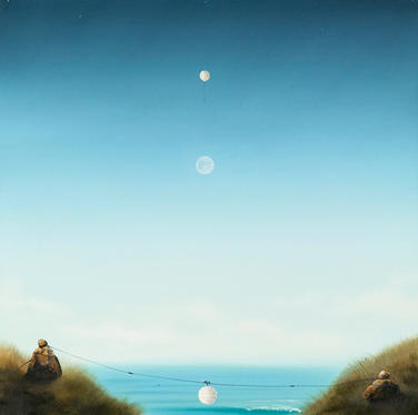 Temporary Replicas of a Full Moon