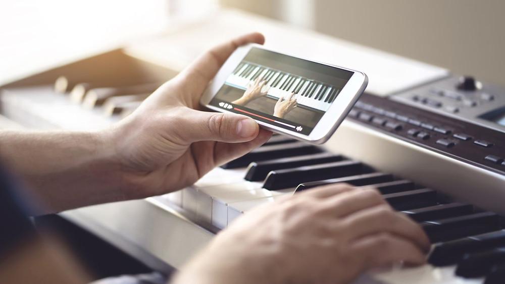 online piano tutorial
