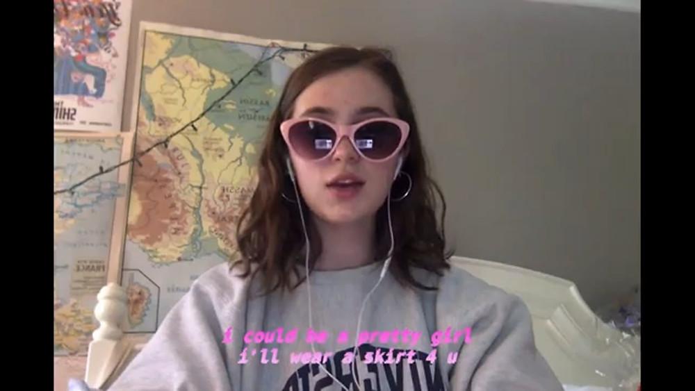 A picture of clairo's pretty girl music video