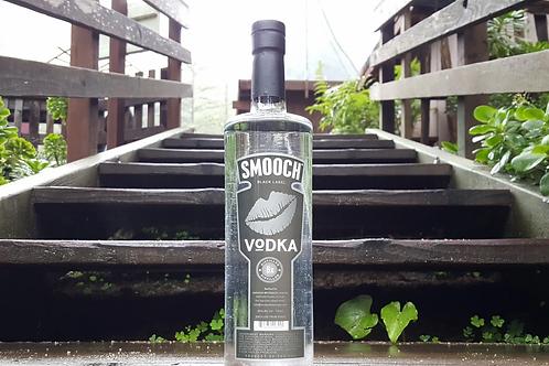 Smooch Vodka (1L)