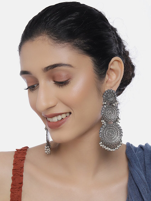 Oxidized Silver-Toned Rhodium-Plated Handcrafted Pearl & Kundan Drop Earrings