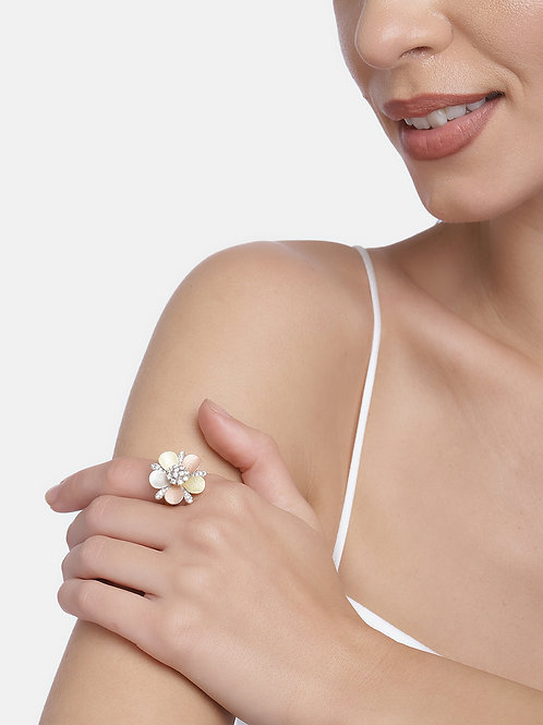 Gold-toned Gold Plated American Studded Handcrafted Finger Ring