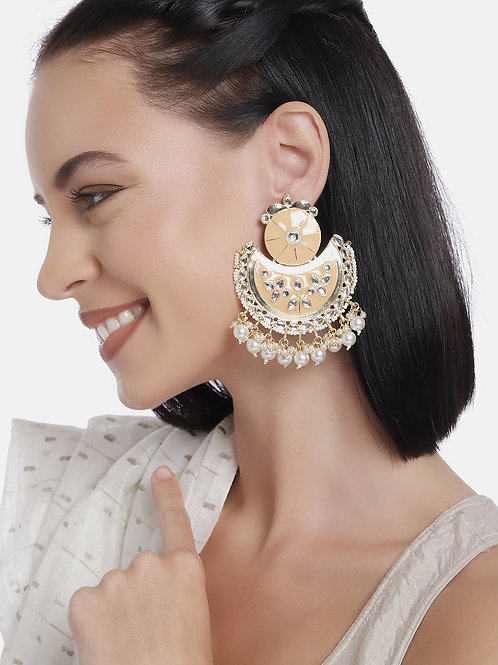 Gold-Plated & Beige Handcrafted Kundan Studded Crescent Shaped Chandbalis