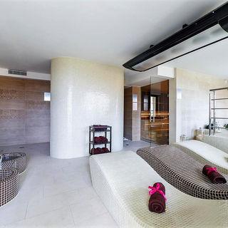 Hotel Sanvit Lake Resort & SPA Okuninka
