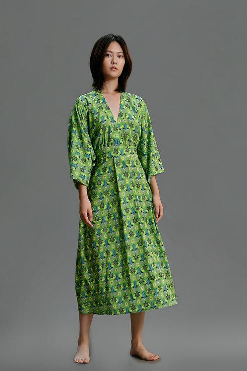 KIMONO SLEEVE SILK DRESS GREEN