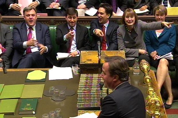 Jeering in house of commons.jpg