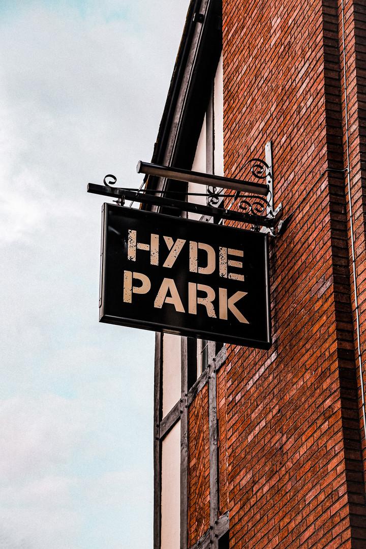 Hyde Park Pub - Leeds