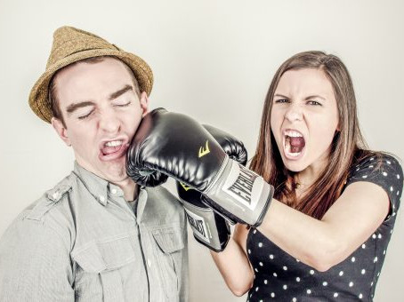 De-escalation Strategies for Couples Fighting
