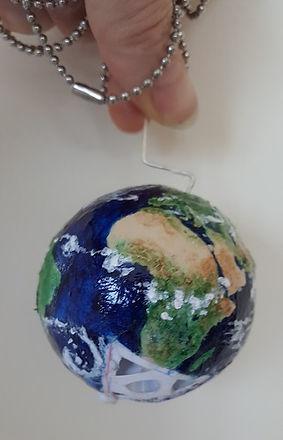 globe 24 4.jpg