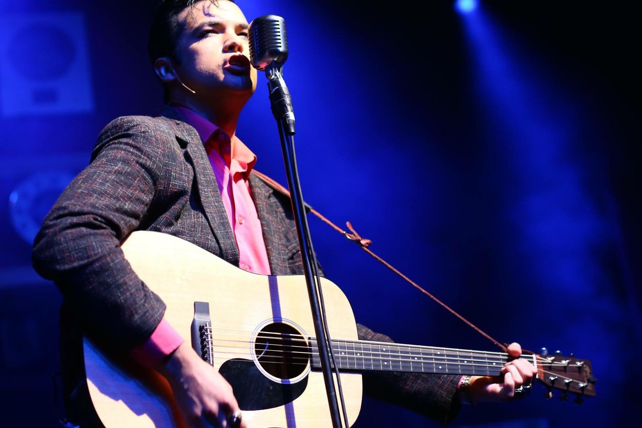 Daniel Durston Elvis Tribute Artist