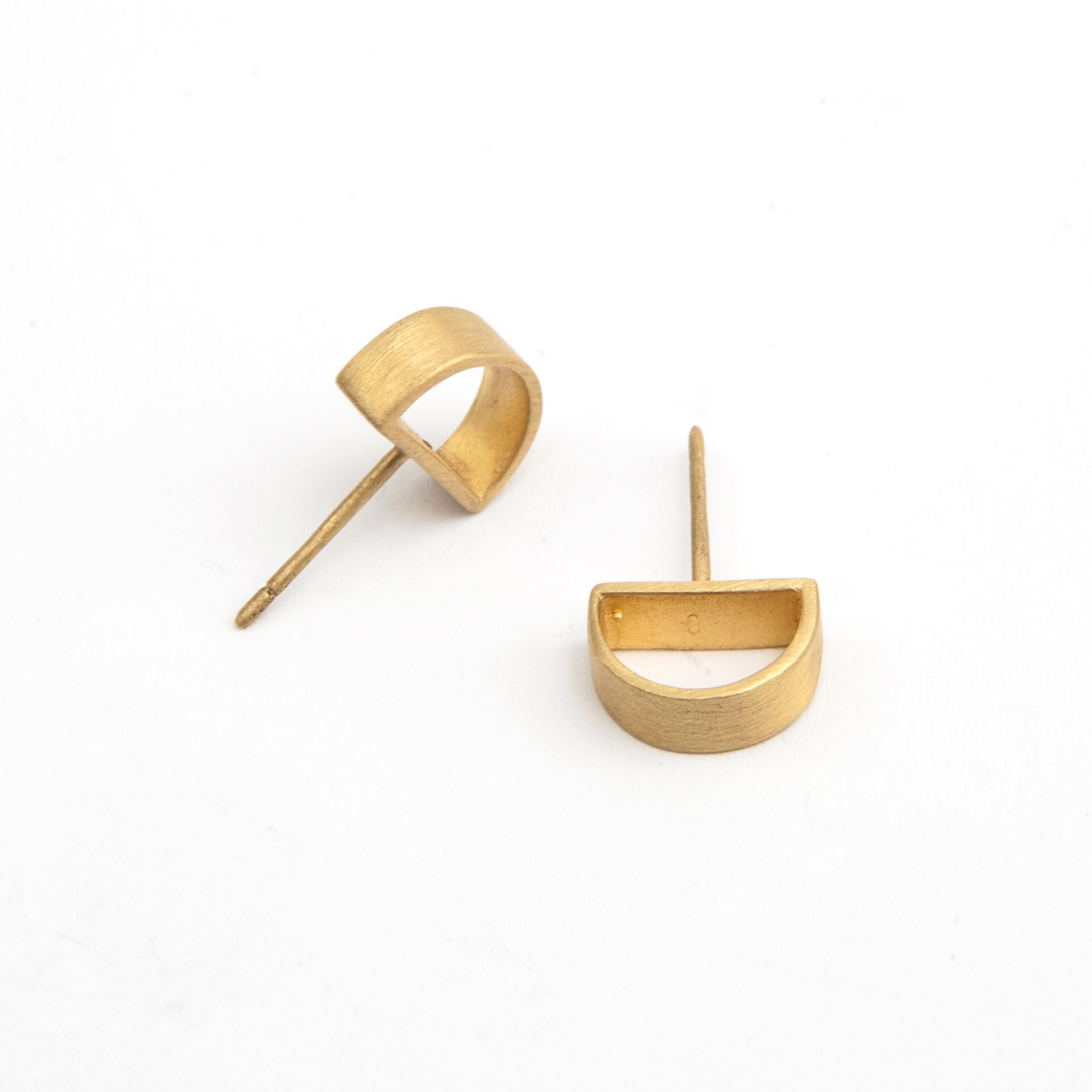 semicircle matt gold studs