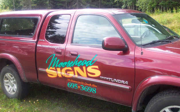 Vehicle Graphics Moosehead Signs tn.JPG