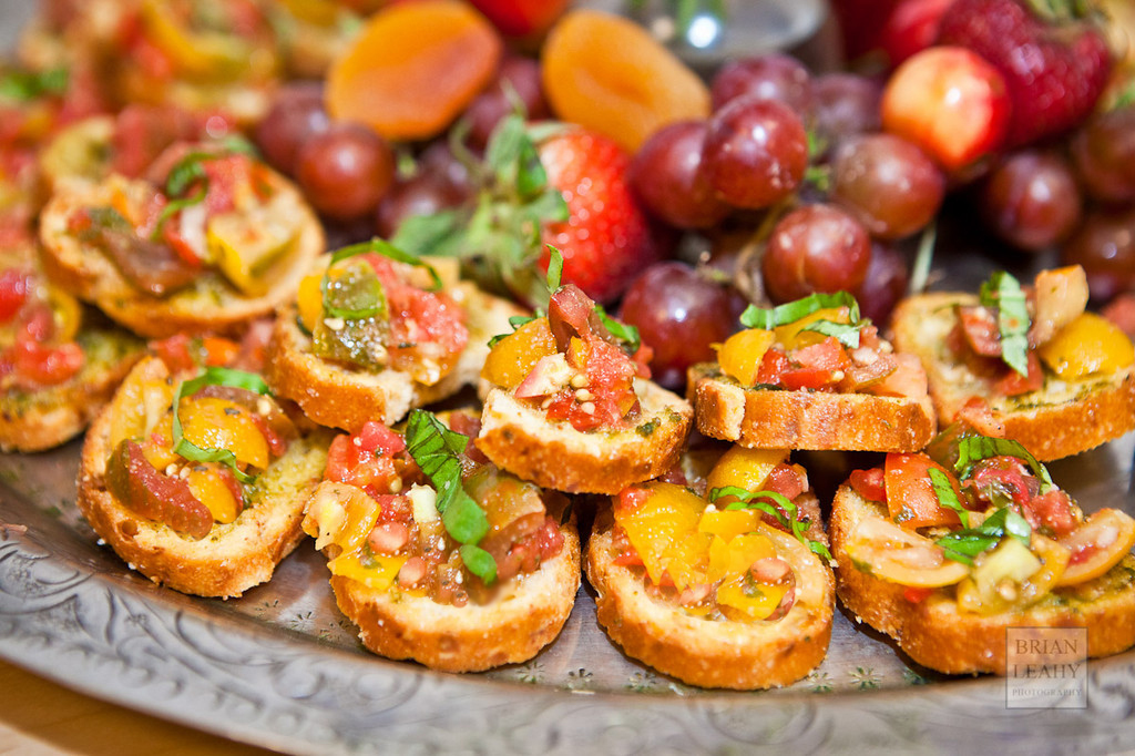 Tomato & Pesto Bruschetta