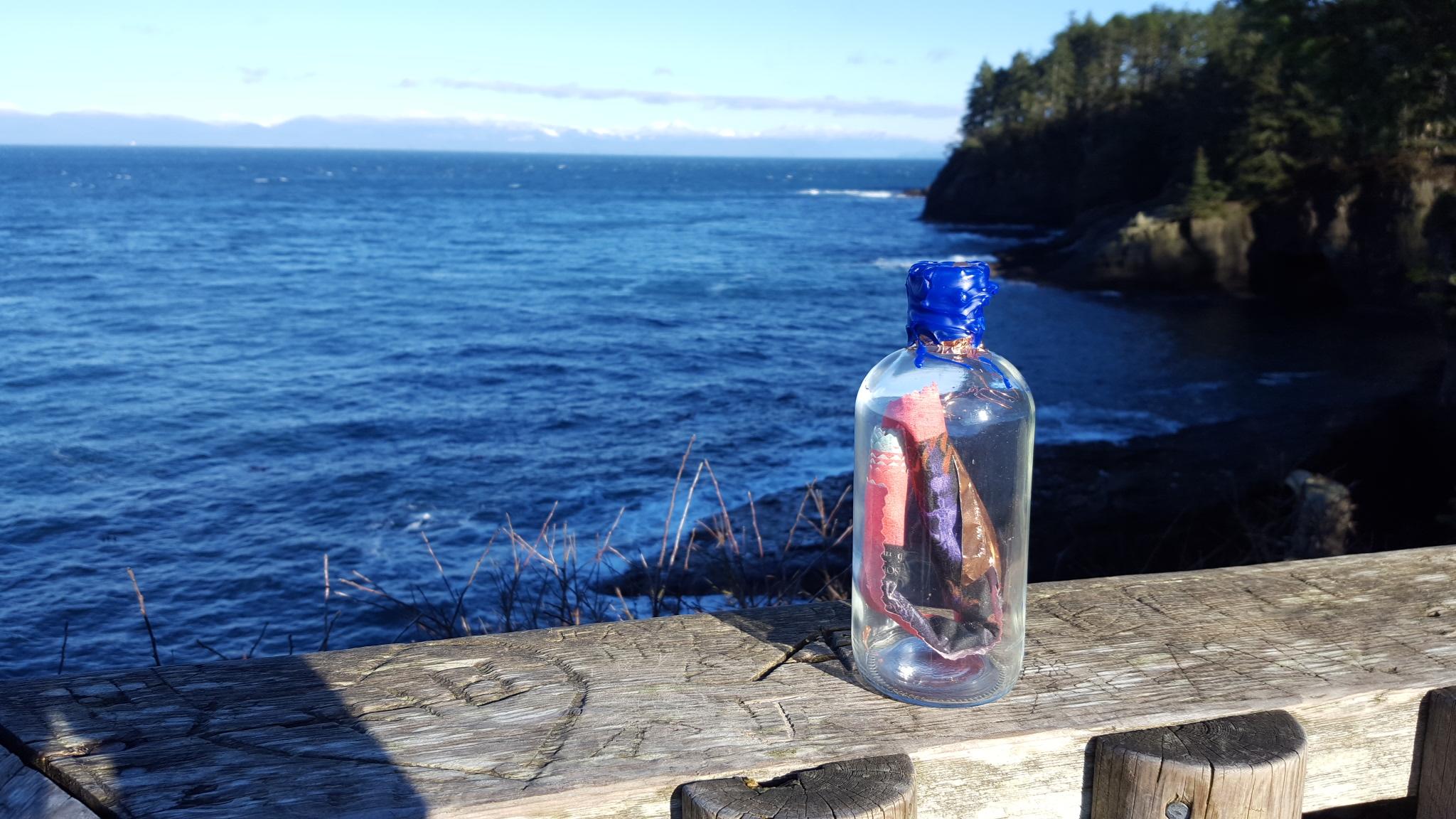 Bottle2CanadaOnHorizon-20161213_CapeFlatteryWA