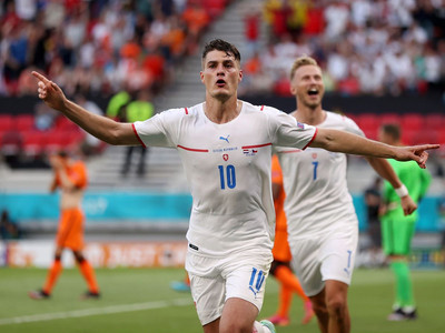 Netherlands out after stunning Czech Republic victory