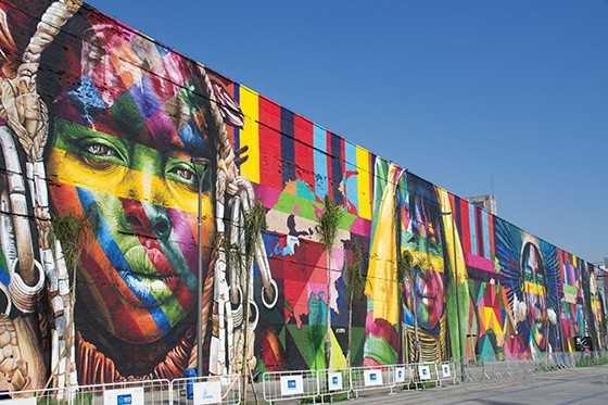 Grafitti_Murals_by_Kobra_in_Porto_Maravi