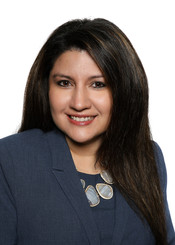 ANGELA AUZ VP of HR Univision Communications
