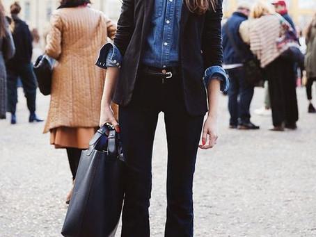 Jeans no trabalho: 5 dicas infalíveis para não errar no look casual de sexta feira.