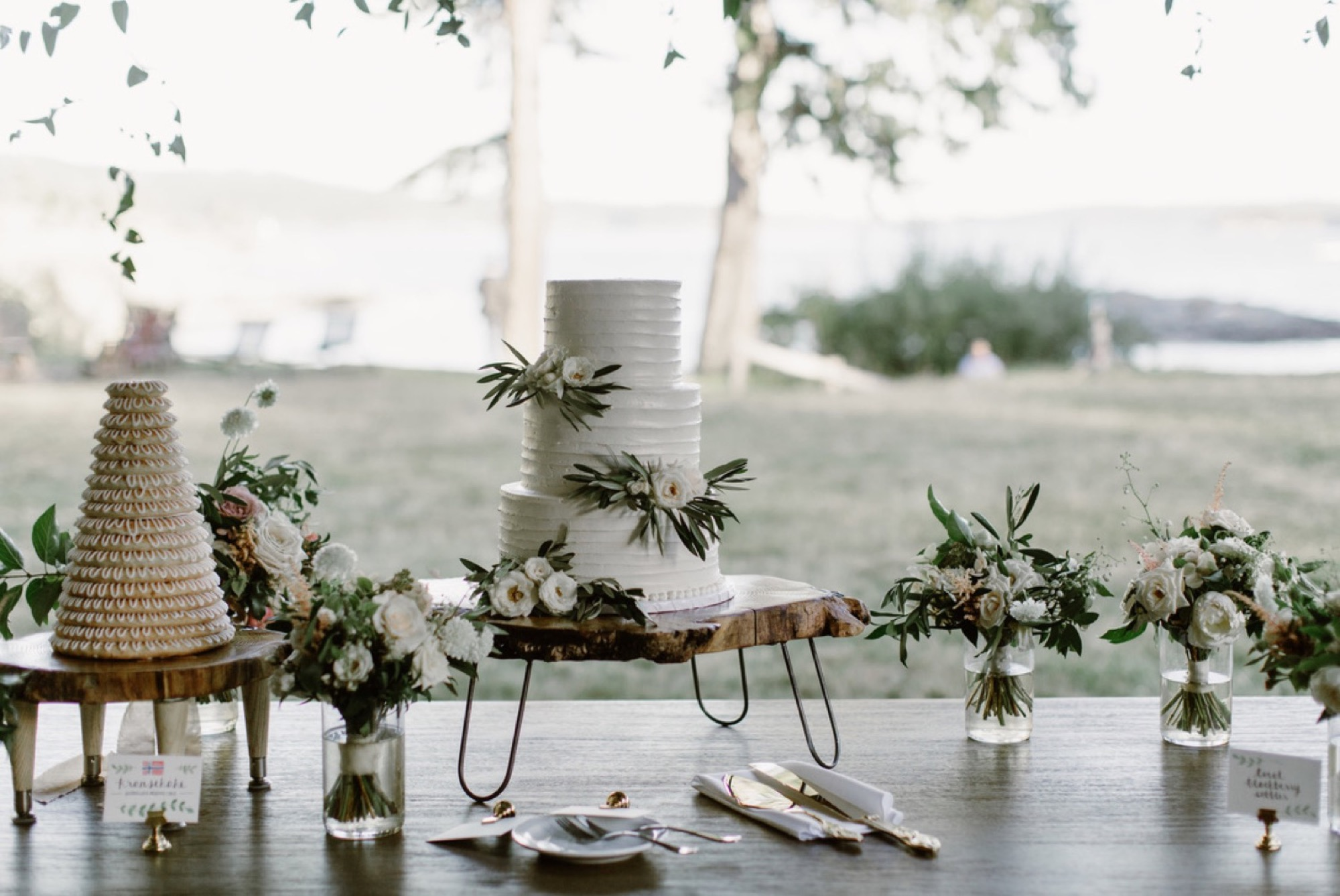 Green and white flowers adorn the desert table at an Orcas Island Wedding