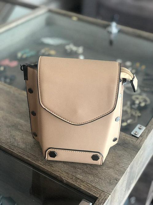 Bolsa clássica com botão
