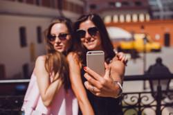 Como contratar um influencer Digital