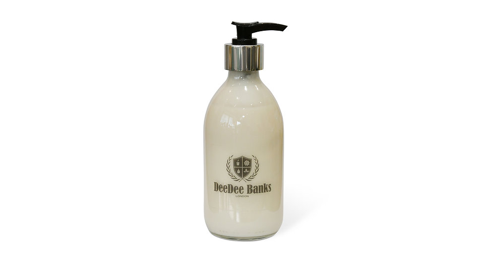 TUSCAN LEATHER & THYME HAND/BODY LOTION (300ml Clear Glass)