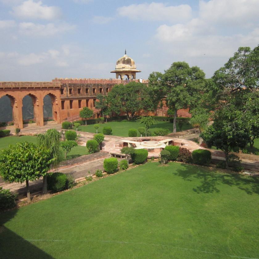Garden in Jaigarh fort