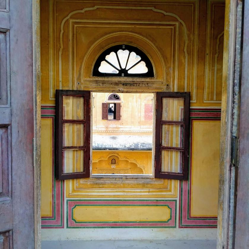 Beautiful Jharokhas in symmetry