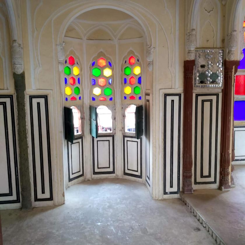 Jharokhas/Windows of Hawa Mahal