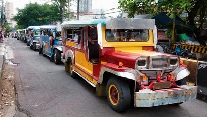 LTFRB, Pinayagan na ang Higit Kumulang Dalawang Libong Karagdagang Jeep na Pumasada sa Maynila